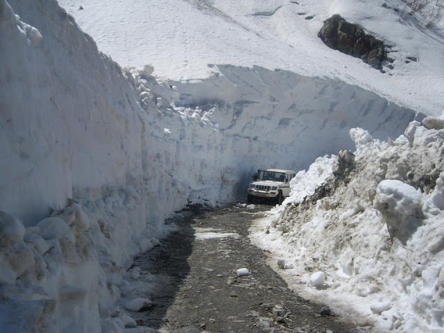 Manali to leh Highway,Rohtang pass.